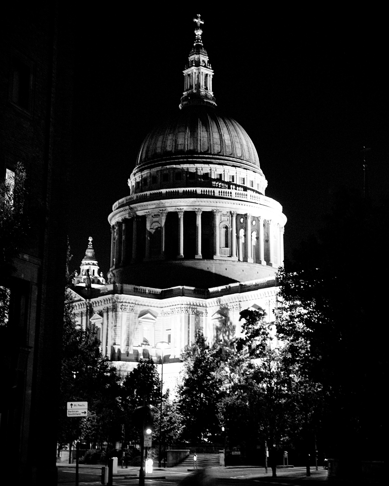 Night. St Paul's Cathedral wedding photographer Wild Weddings