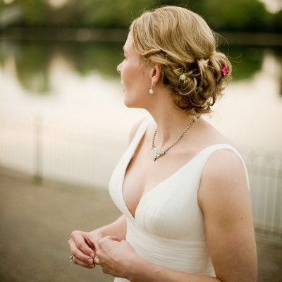 Bride at The Serpentine, Hyde Park. Knightsbridge wedding photographer Wild Weddings